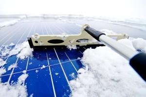 太陽光発電の発電量を保つ