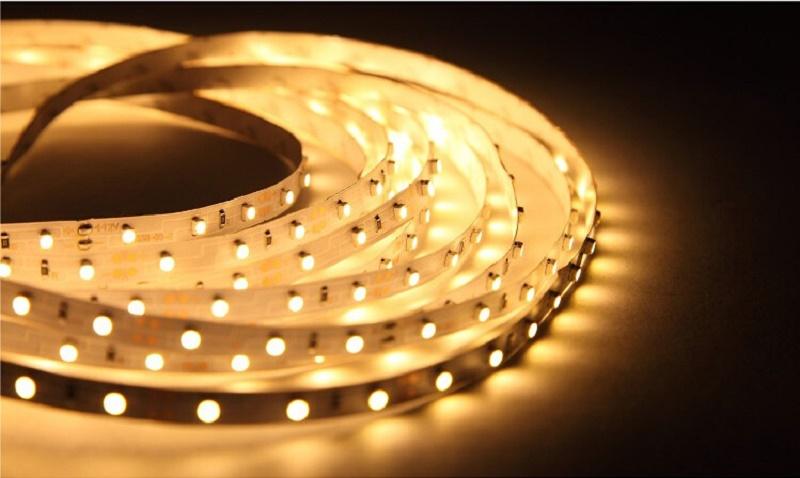 電力比較サイト エネチェンジ                      LEDテープを使ったシーリングライトで間接照明を素敵に